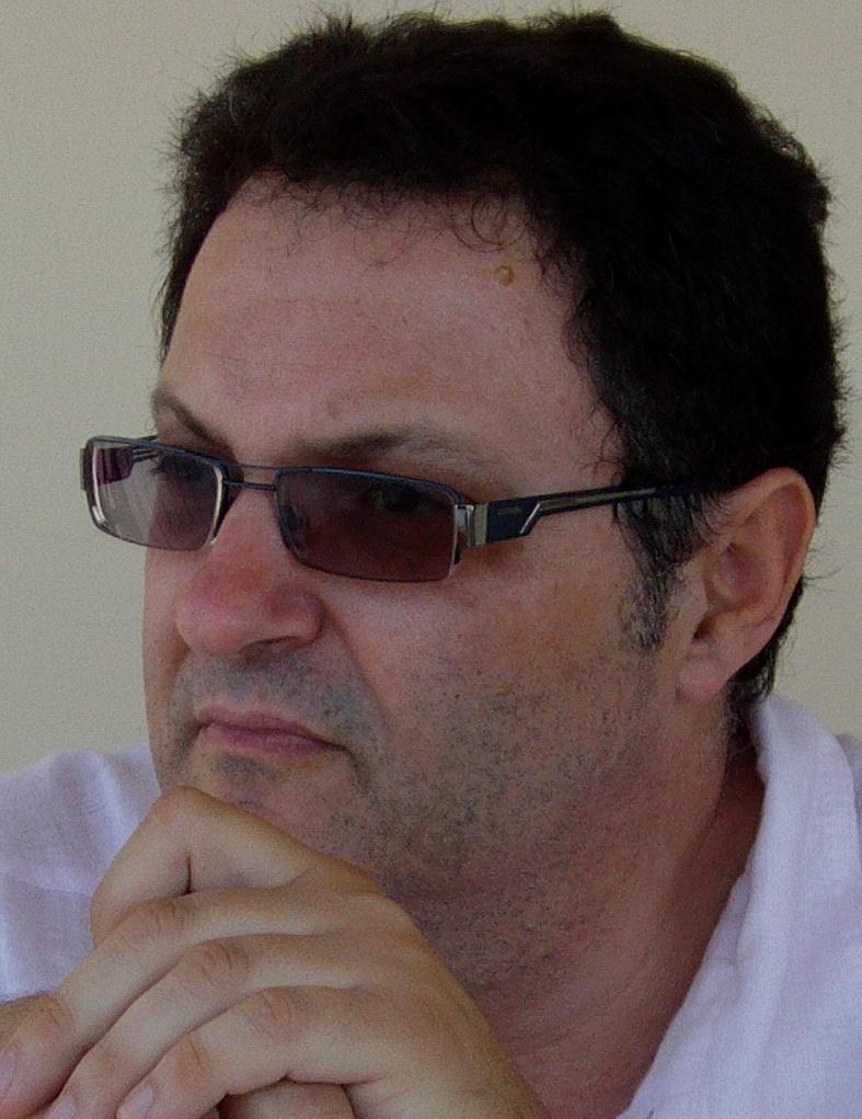 Δρ. Μιχαήλ Χανιάς