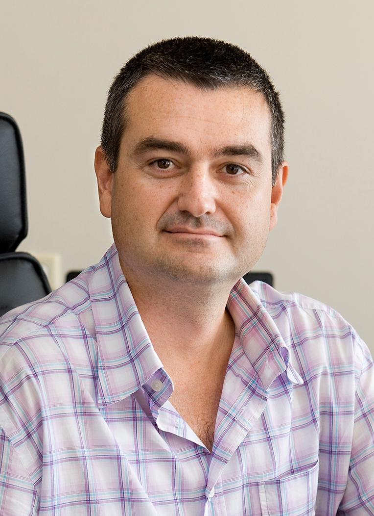 Δρ. Κωνσταντίνος Καρακουλίδης